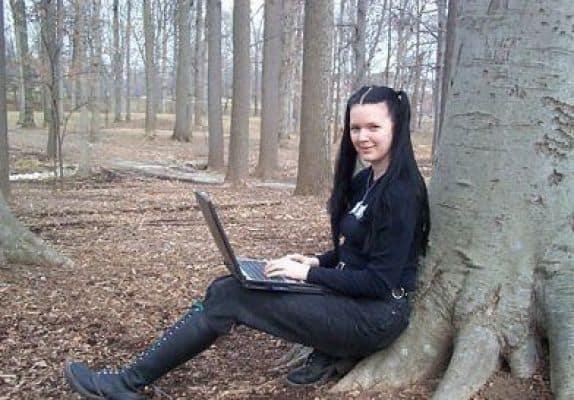 adler Most Sexiest Female Hacker » iTech Hacks